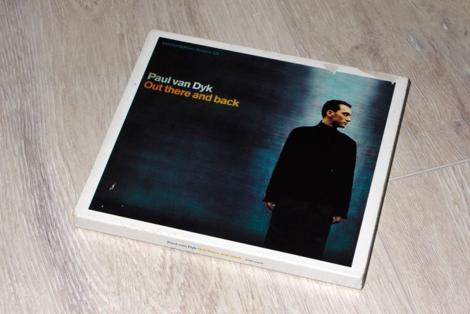 Paul van Dyk-Out there and back (1999 +2000)